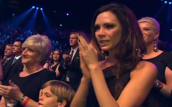 Victoria se emociona com discurso do marido de agradecimento à família