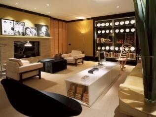 Living da lareira, de Arthur Casas, criado em 2001, quando a Casa Cor passou a ser realizada no Jockey Club de São Paulo