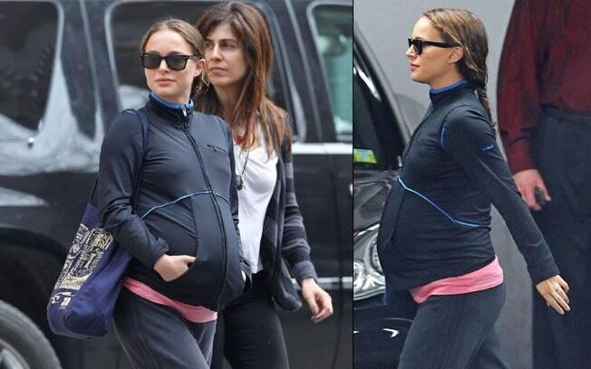 Uma das últimas aparições de Natalie Portman grávida circulando pelas ruas de Nova York