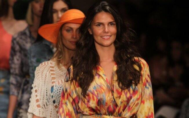 Daniella Sarahyba desfila no Senac Rio Fashion Business