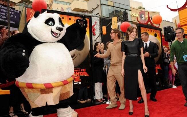 Brad Pitt e Angelina Jolie: simpáticos na pré-estreia de