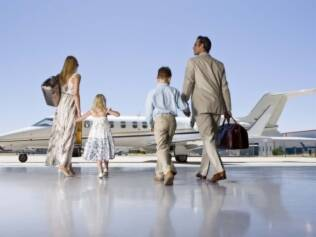 Médicos definem todos os cuidados de saúde antes de viajar de avião