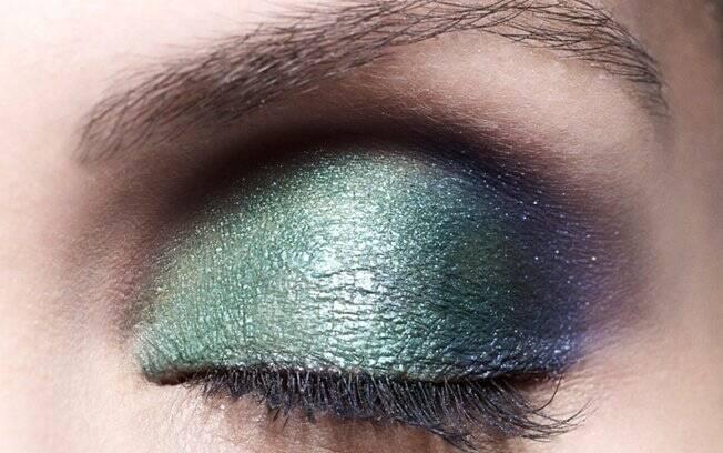 Mistura boa: verde com azul escuro no canto externo