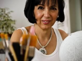 Iris Galetti, física e professora de pintura, sofreu um infarto atípico grave em janeiro de 2008