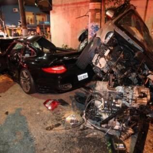 Acidente entre Porsche e Tucson no Itaim Bibi