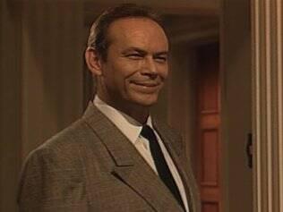 José Wilker como Fábio, empresário que apoiava o Golpe Militar