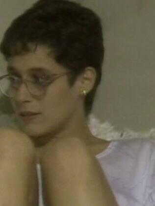 Andrea como Zelda Scott em