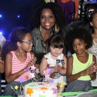 Adriana Bombom: emoção no aniversário