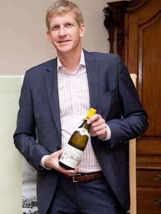 Para a família de Laurent Drouhin, uma gota de vinho na mamadeira é tradição