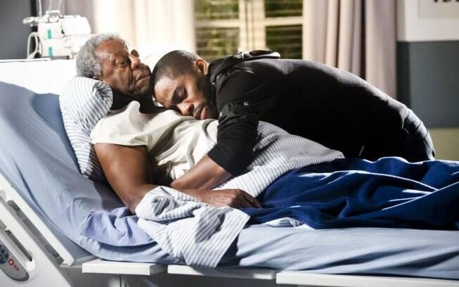 Gregório morre nos braços de André