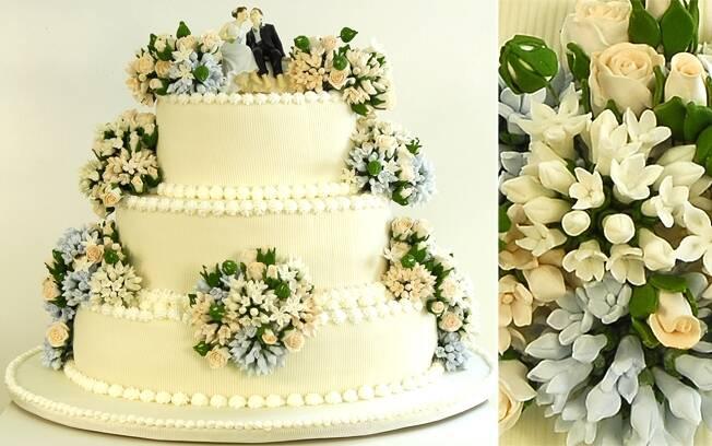 Delicadeza com as flores de biscuit bem trabalhadas e coloridas , da Isabela Suplicy. Foto: Divulgação