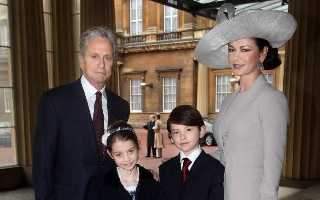 Catherine Zeta Jones, Michael Douglas e os filhos, Dylan e Carys