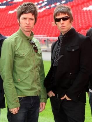 Noel e Liam quando ainda faziam parte do Oasis