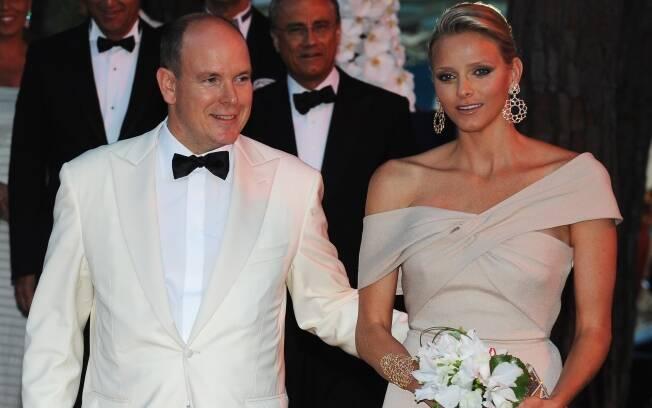 Charlene Wittstock conheceu Albert em 2000, quando participou de um campeonato de natação em Monte Carlo