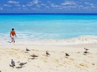 Cancún tem praias belíssimas e diversas opções de passeios