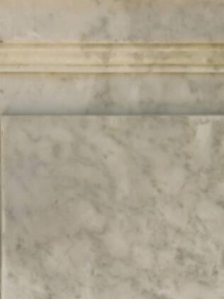 Produtos abrasivos, como água sanitária e saponáceos removem o brilho do mármore
