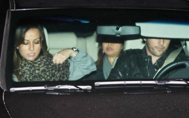 O ex-casal e a mãe da apresentadora estavam juntos em show