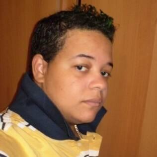 Marcelo, 21, está estudando para entrar em concurso público