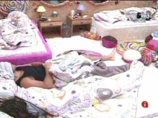 Confinados dormem no Quarto Jujuba