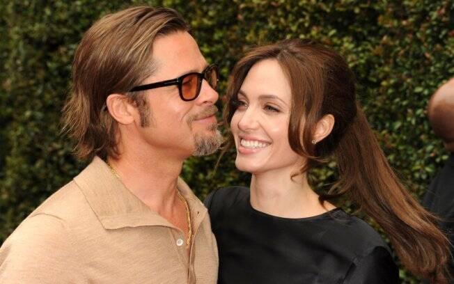 Brad Pitt e Angelina Jolie contrataram tutores para darem aulas particulares para seus seis filhos