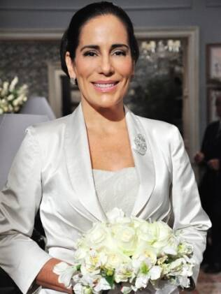 Norma, pronta para o casamento com Teodoro