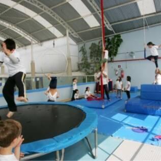 Aulas de circo: entreter e brincar com o lúdico