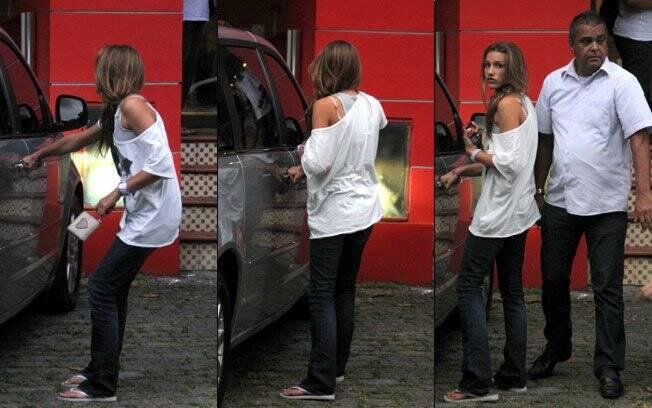 Sasha deixando academia de balé no Rio de Janeiro