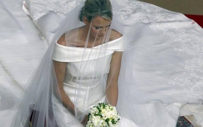 Charlene Wittstock durante a cerimônia de casamento com o Príncipe Albert II