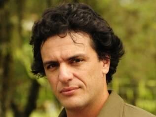Rodrigo Lombardi é Herculano Quintanilha
