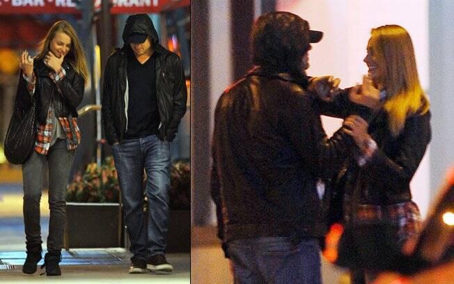 Leonardo DiCaprio aparece com loira apontada como a novo afair do ator