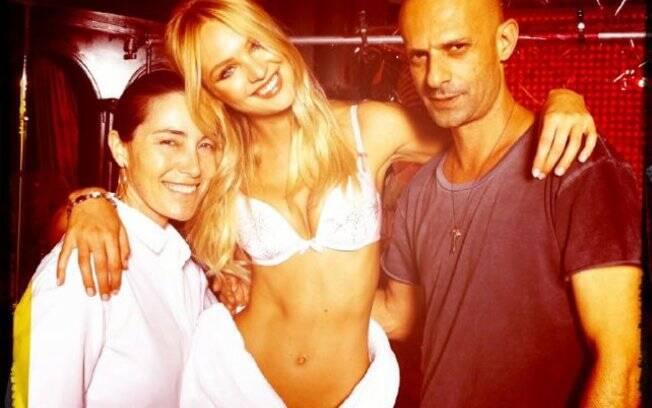 Candice Swanepoel nos bastidores da Victoria