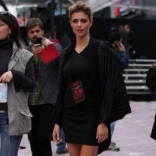 Fernanda Lima acompanha os preparativos do Oscar 2011
