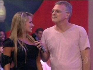 Adriana conversa com Pedro Bial após a eliminação