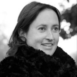 Sophie Cranston: uma das estilistas cotadas para fazer o vestido da futura princesa