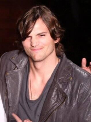 Ashton Kutcher: um drinque para relaxar
