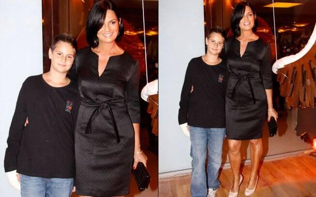 Luiza Brunet com o filho Antônio
