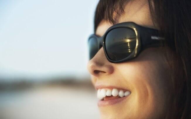 ad654b6ee Cor da lente influencia a proteção dos óculos escuros - Dicas de ...