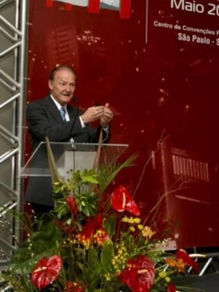 O pesquisador norte-americano, durante palestra, em São Paulo