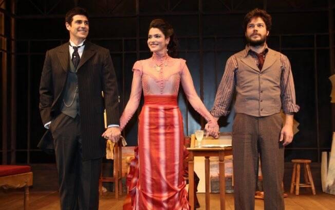 Reynaldo Gianecchini, Maria Manoella e Erik Marmo agradecem o público