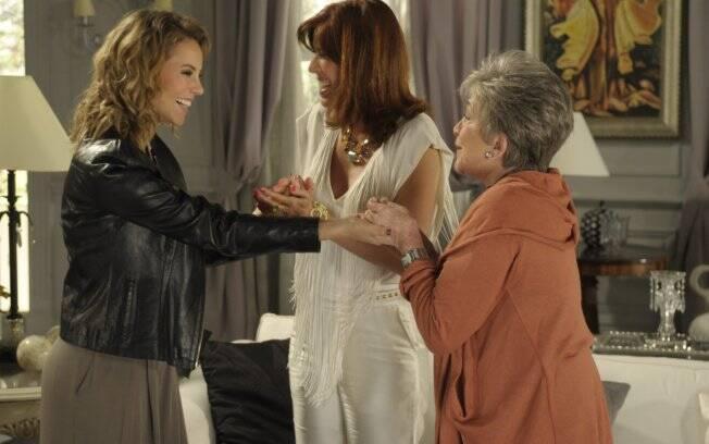 Marina, Bibi e Vitória se reencontram