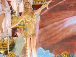 Gisele Bündchen reina na Vila Isabel