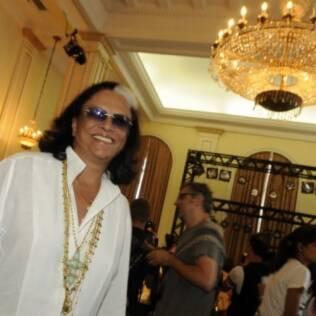 A internacional Beth Lagardère em temporada brasileira vai conferir as criações de Patricia Viera