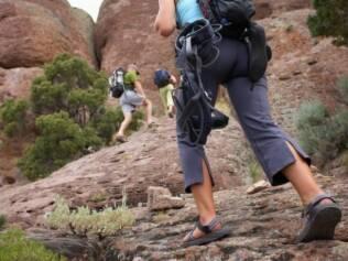 Aprender a trabalhar em equipe é uma habilidade desenvolvida nos esportes de aventura