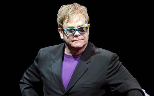 Elton John: sem convite para o casamento de William e Kate Middleton