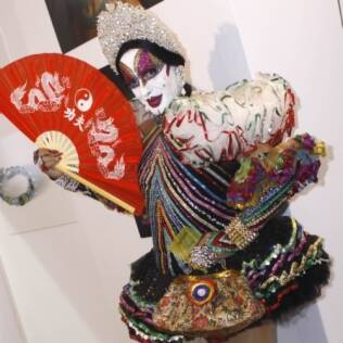 A drag queen montada como sua famosa personagem