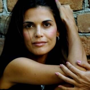Isabella Lemes de Moraes resolveu contar a luta de sua família contra a dependência química do pai