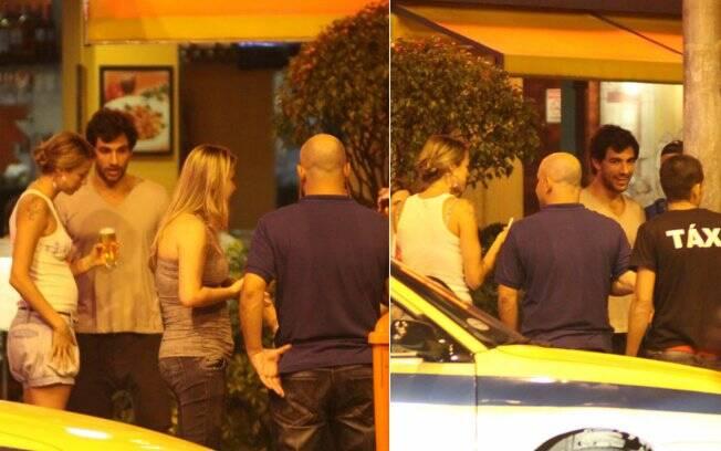 Luana e Felipe Simão aparecem juntos em restaurante