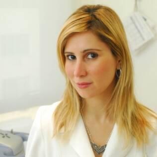 A dermatologista Juliana Neiva é a responsável pela pele de pêssego de famosas como Paola Oliveira e Carol Castro