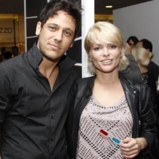 Sem os dreads: Ana Paula Tabalipa com o namorado Bruno Miguel