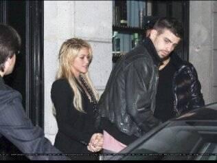 Shakira e Gerard Piqué: a primeira aparição pública do casal em 21 de fevereiro